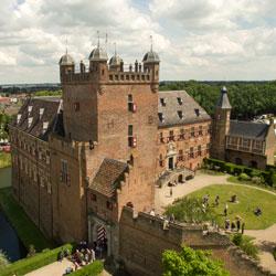 kasteel Huis Bergh van boven